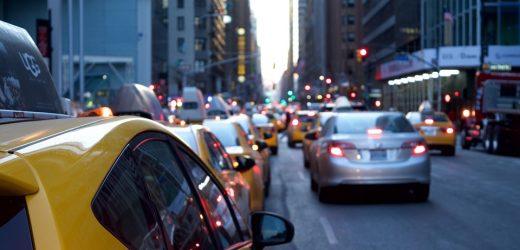 Pour envoyer vos paquets et faire des économies, faites appel à un taxi