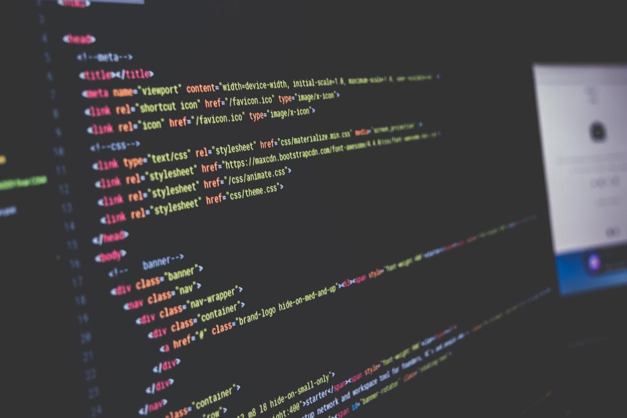 Pourquoi confier vos projets digitaux à une SSII spécialisée à Paris ?