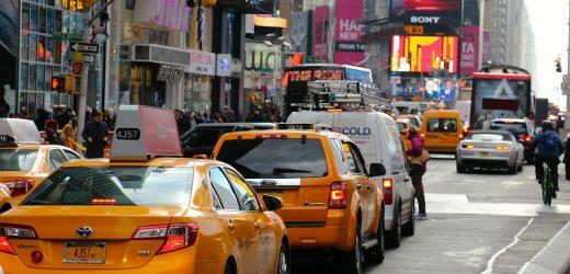Prendre un taxi pour ses déplacements en ville : comment calculer le tarif d'un trajet?
