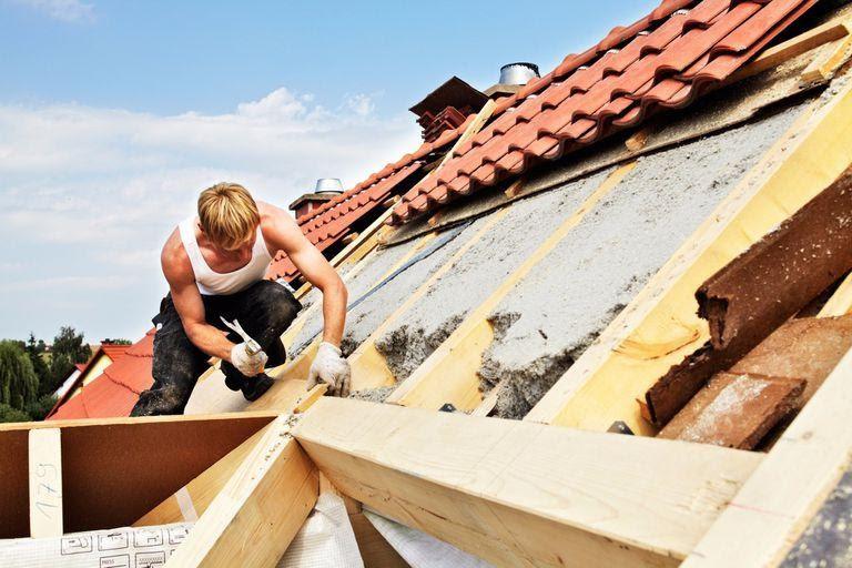 Rénovation de toiture : dans quelles mesures déclarer les travaux à la mairie?
