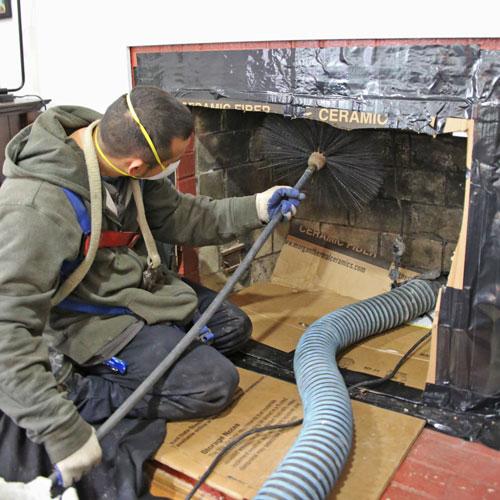 Entretien de cheminée : quelles actions à mener pour mieux la préserver?