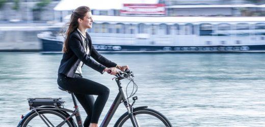 Comment faire le choix d'un vélo électrique de sa femme?