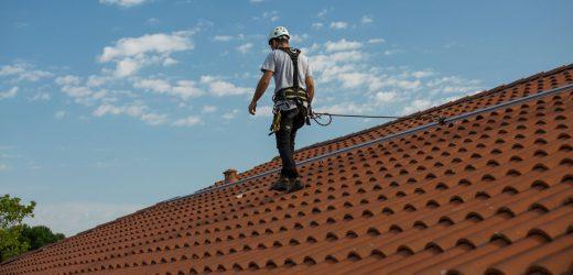 Travaux de toiture : quelles sont les compétences essentielles d'une entreprise fiables?