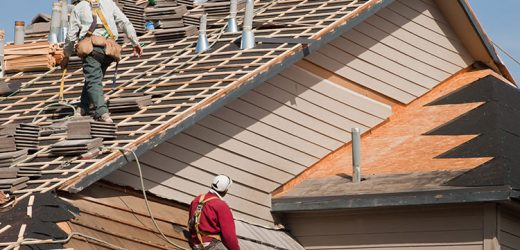 Quand faut-il remplacer intégralement votre toiture?